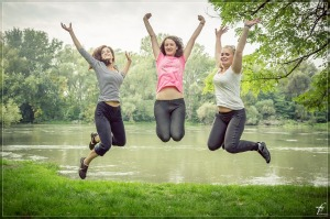 jumping-444613_1280